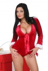 Christmas girl – super boobs!
