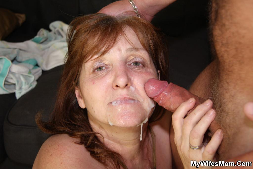 Duvida uma groupsex mom blowjob shit those tits