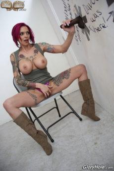Anna Bell Peaks BJ gallery - Glory Hole Girls
